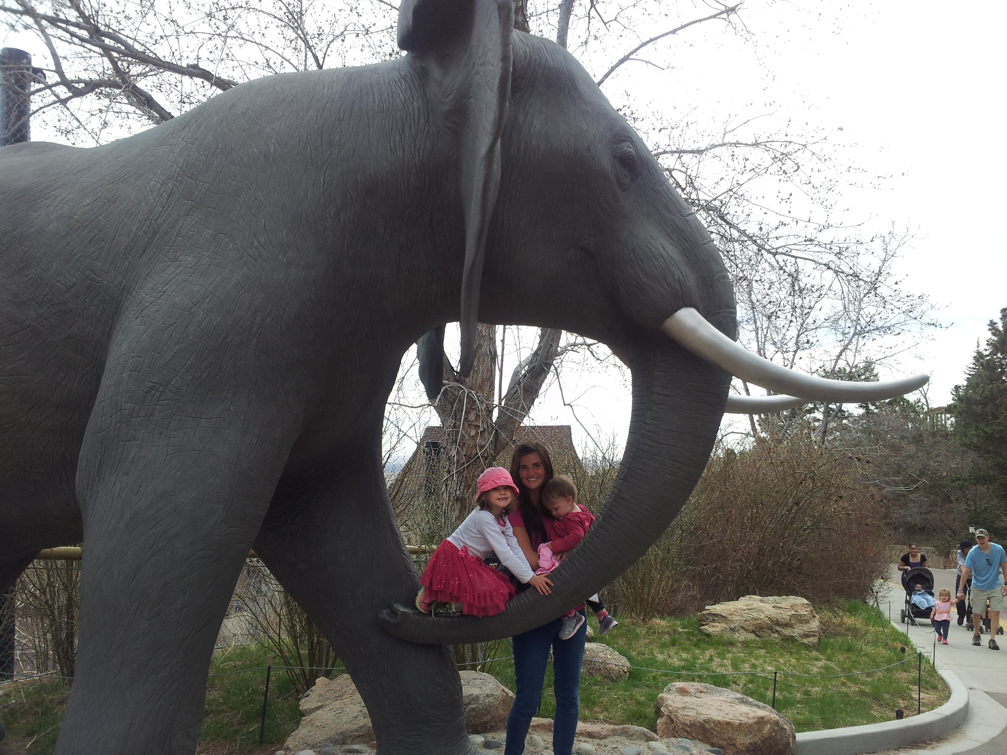 Au pair and children at montgomery zoo